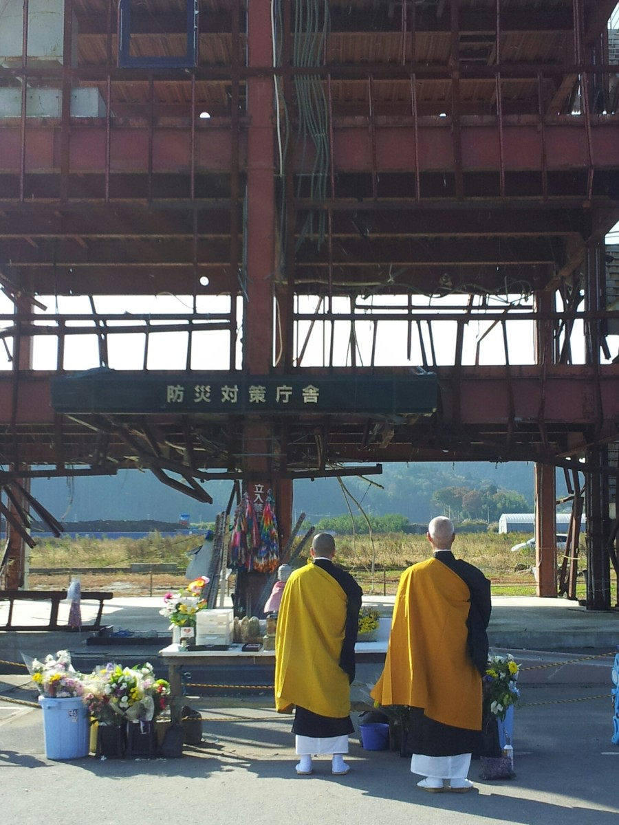 To the community as a whole, this damaged building structure became an iconic symbol of the tsunami disaster and a sort of shrine where many went to pray and pay their respects.