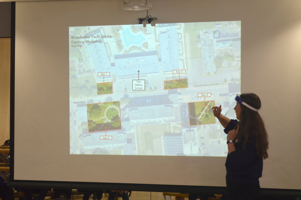 Elly Mead showing the students which areas of Broadwater Farm to design for. (2021)